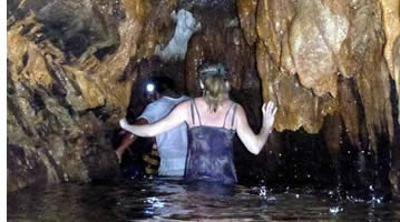The water within the Nivida Cave can reach up to your chest